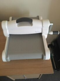 Sizzix big shot die cutting machine excellent condition.