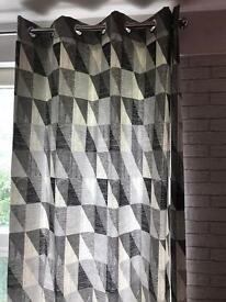 "Curtains size 226cm x 228cm (90"" x 90"")"