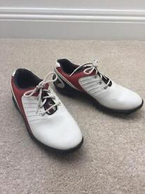 FOOTJOY GOLF SHOES SIZE 4 adult or junior £15