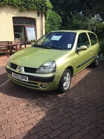 Renault Clio 1.2 2003 Billabong version (Milage 75000)
