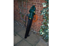2600W ELECTRIC GARDEN LEAF BLOWER / VACUUM #FREE LOCAL DELIVERY#