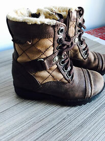 Clarks quality kids boots, cost £64.99,size 7,immaculate, bargain at £10,first to see buys