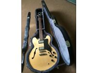 Electric Guitar: Epiphone Dot with case and strap