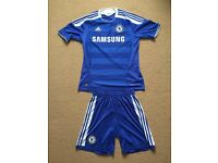 Men Adidas Chelsea football costume ONLY TEXT