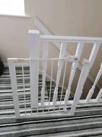 Child safety stair gate