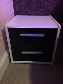 ARGOS/IKEA Bedside Table (Brand New)