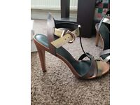 Gorgeous ladies shoes size 5 and half, these have been worn once for 1 hr, bought for £40 from Next
