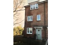 3/4 bedroom house in Crawley down, looking for similar new build with 3-4 beds