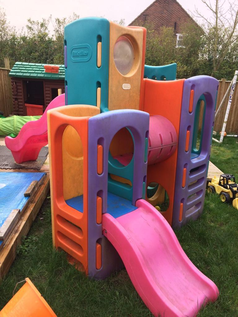 Little tikes tropical playground in leverington for Little tikes outdoor playset