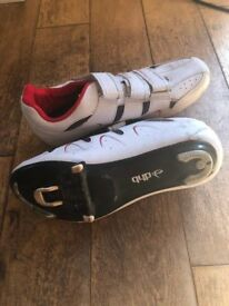 DBH cycling shoes