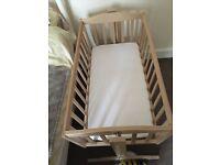 Saplings swinging crib with mattress