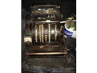 Antique American cash register (NATIONAL)