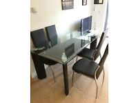 Dinner Table and Chairs set / High quality!!