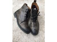 Clark's men's grey leather boots size 9.5