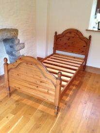 Single Bed in Solid Pine