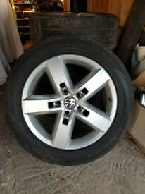 Set of 4 19 inch volkswagon wheels