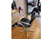 Hair salon chairs ×5