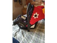 Cosatto Bizzy Betty Car seat and carry cot