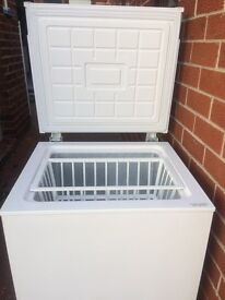 CHEST FREEZER IN GOOD WORKING CONDITION
