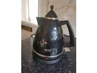 Delonghi kettle black