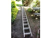 Double 32 tread extension ladder