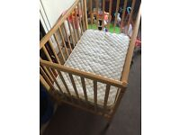 Baby cot bed for sale £20