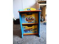 Lovely small Thomas the Tank storage with 2 material pull out draws
