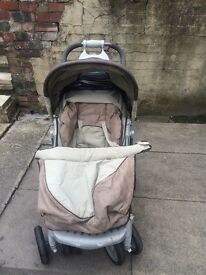 Trenton pushchair with everything