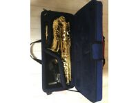 JP 041 Alto Gold Saxophone - great for beginners and great condition.