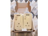 Bt Arcnet Powerline Adapter Twin Pack with Passthrough HOme Plug