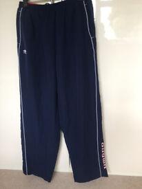 Umbro mens' track suit bottoms navy blue size XXL