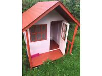 Kids wood Wendy house