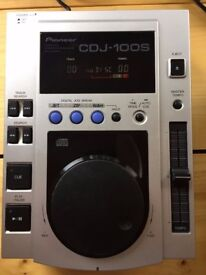 Pioneer CDJ100 Pair with Cables - Deck - CD Player