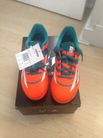 Messi 10.3 FG J Football boots size UK3
