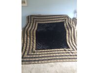 Bedspread and pillowcases Velvet and gold brocade Super King size stunning