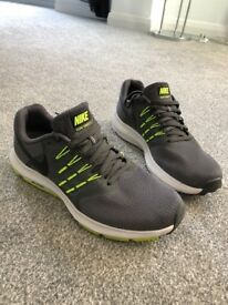 Nike Mens Running Trainers