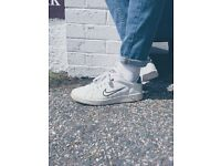Vintage Nike 90s tennis style shoes