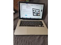 """Apple MacBook Pro 13"""" Core 2 Duo 2.26GHz 4GB 160GB HDD - with CD Rom - All ports Working - Mid 2009"""