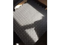 Easimat tile gym matting (4 packs of 4 tiles - 16 tiles in total)