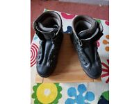 Mens Size 46 Hiking Boots