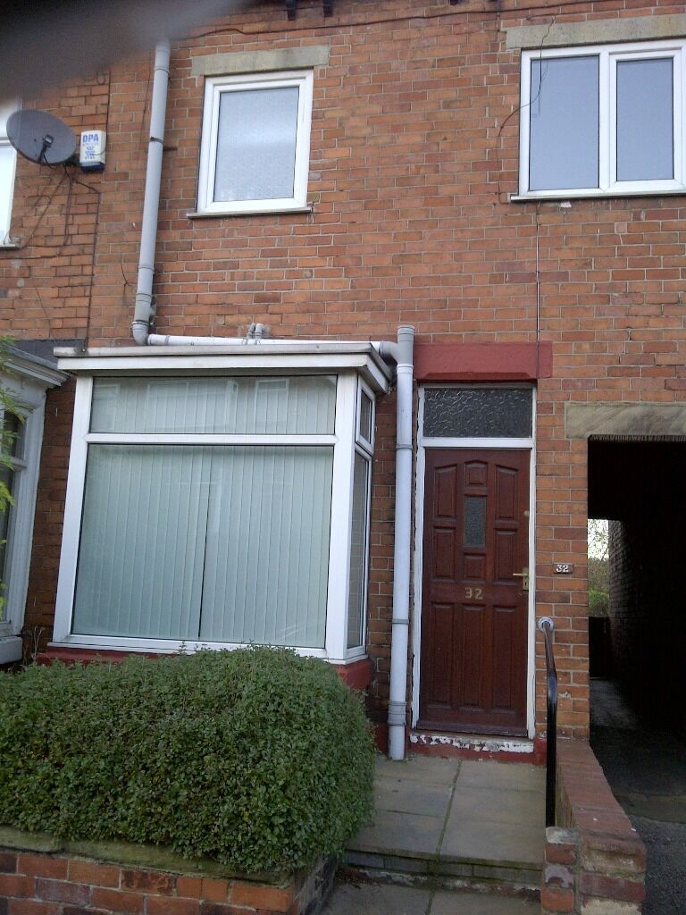 ***COMPLETELY REFURBISHED 3 BEDROOM HOUSE-MEADOWHALL/S9***