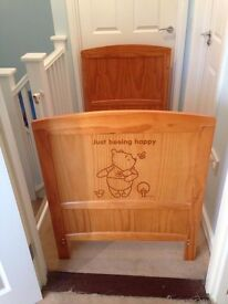 Cot bed Whinnie the Pooh *Mothercare* plus Mattress