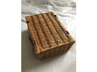 Picnic Basket Hamper - Like New!