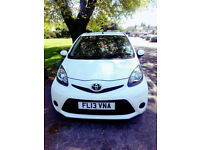 (29800 Miles)-- 2013 Toyota AYGO 1.0 VVT-i- ice 5 Door -- Low Mileage -- CHEAP on Fuel