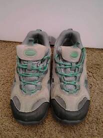 Uk size 4 trainers & walking shoes