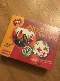 Finger painting set