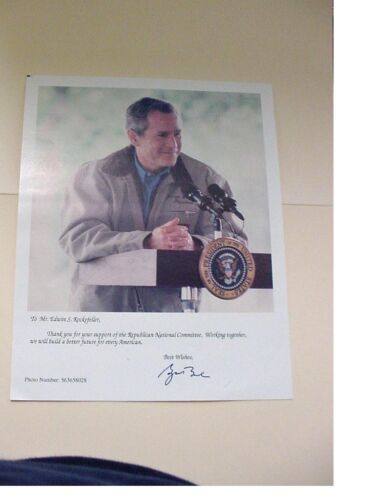 SIGNED PHOTO BY PRESIDENT GEORGE W BUSH