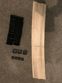 "2ft 6"" slats and brackets brand new"