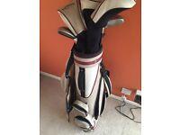 Women Callaway golf clubs set and bag