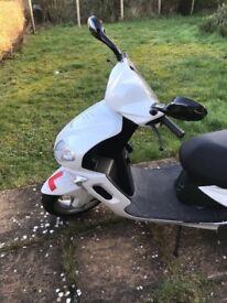Sinnis Matrix 2 Moped